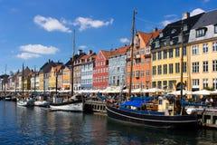 Distrito de Nyhavn em Copenhaga, Dinamarca Fotografia de Stock Royalty Free