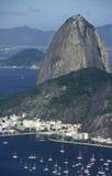 Distrito de Sugar Loaf (Pão de Açucar) y de Urca en Rio de Janeiro fotografía de archivo