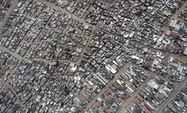 Distrito densamente povoado em África do Sul, de cima de fotos de stock