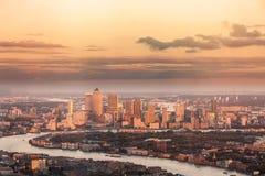 Distrito financiero Canary Wharf de la ciudad de Londres desde arriba Imagen de archivo libre de regalías