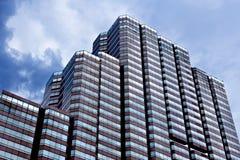 Distrito financiero, edificio de oficinas Imagen de archivo libre de regalías