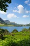 Distrito Inglaterra del noroeste Reino Unido del lago water de Crummock entre Buttermere y Loweswater Imágenes de archivo libres de regalías