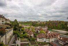 Distrito mate de la orilla en el río Aare en Berna Imágenes de archivo libres de regalías