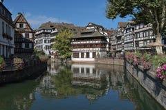 Distrito menudo de Francia del La en Estrasburgo, Francia fotos de archivo