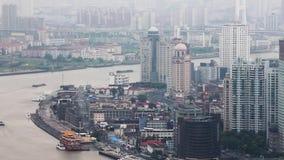 Distrito y el río Huangpu financieros, Shangai, China de Shangai Lujiazui almacen de metraje de vídeo