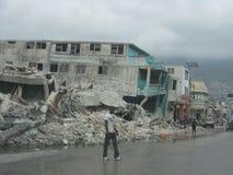 Distruzione sulle vie dell'Haiti Fotografie Stock Libere da Diritti
