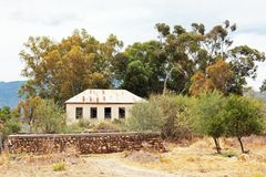 Free Disused School Building In Dilapidated State In Dwarsrivier ,Western Cape Stock Images - 109204864