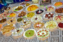 Dit is een beeld van Indische schotels Gezien de waaier van diversiteit in grondtype, klimaat en beroepen, variëren deze keukens royalty-vrije stock fotografie