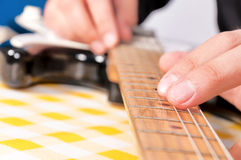 Dita della chitarra Fotografia Stock Libera da Diritti