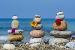 Dites dans l'amour avec des pierres de zen Photo stock