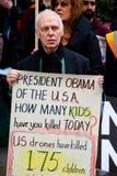 Dites le numéro à la protestation de l'OTAN Image stock