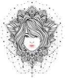 Diva tribale de Boho de fusion Belle fille divine avec la couronne fleurie Photographie stock