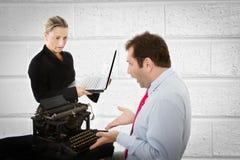 Divario digitale sul lavoro immagine stock libera da diritti