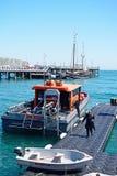 Dive Boat e pilastro di Swanage Immagini Stock Libere da Diritti