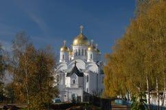 Diveevo Sarov圣六翼天使修道院  1824年被创办的大教堂工厂意味nevyansk责任人pyatiprestolny石变貌yakovlev 库存图片