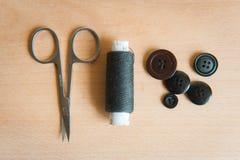 Divers accessoires toujours de couture de durée images stock