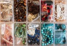 Divers approvisionnements de bijoux de métier Photographie stock libre de droits