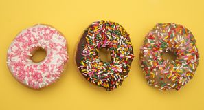 Divers bestrooi Donuts stock afbeelding