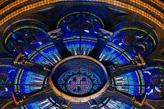 Divers éclairage de nuit du millénaire de cathédrale de Timisoara Images stock