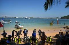 Divers Jungle Beach Unawatuna Royalty Free Stock Image