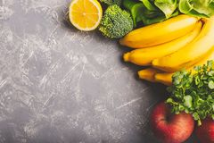 Divers l?gumes, fruits et verts images libres de droits