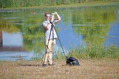 Divers outils d'éclipse solaire pour l'observation Photos stock