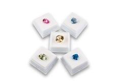 Divers. Pierres de gemme colorées, d'isolement sur le blanc Images stock