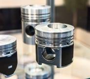 Divers pistons pour un moteur à combustion interne image libre de droits
