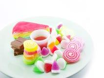 Divers van dessert op witte achtergrond Royalty-vrije Stock Afbeeldingen