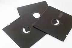 divers vieux 5 obsolètes avancent à disque souple petit à petit sur le blanc Image libre de droits
