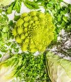 Diversa col e hierbas frescas verdes Foto de archivo libre de regalías