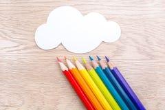 Diversa foto coloreada de los lápices con el espacio para el texto Imagenes de archivo