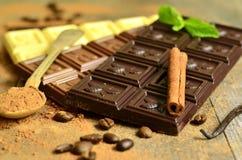 Diversas barras de chocolate Imagen de archivo libre de regalías