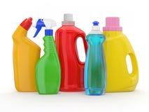Diversas botellas detergentes en el fondo blanco Imagenes de archivo
