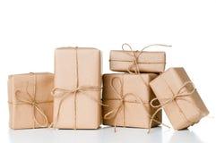 Diversas caixas de presente, pacotes postais Fotografia de Stock