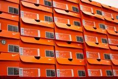 Diversas caixas de sapata de Nike fotos de stock royalty free