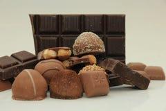 Diversas clases de chocolates Fotos de archivo
