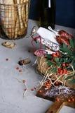Diversas clases de salami y de salchichas ahumadas duras Imagen de archivo libre de regalías