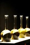 Diversas clases de vino en botellas especiales Foto de archivo libre de regalías