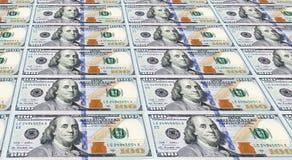 Diversas das notas de dólar recentemente projetadas dos E.U. cem. Fotografia de Stock Royalty Free