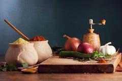 Diversas especias y verdura Foto de archivo