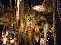 Diversas formaciones en Luray Caverns foto de archivo