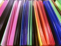 Diversas hojas plásticas acanaladas coloreadas Foto de archivo libre de regalías