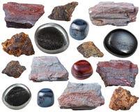 Diversas piedras y rocas de gema del hematites aisladas Foto de archivo