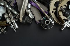 Diversas piezas y herramientas del coche imagen de archivo