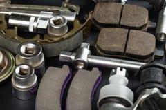 Diversas piezas y herramientas del coche foto de archivo