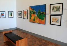 Diversas pinturas quadro em uma de muitas salas, museu da arte americana, Ogunquit, Maine, 2016 Foto de Stock