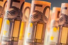 Diverse centinaia euro banconote impilate da valore Banconote dell'euro di Rolls Euro soldi di valuta Fotografia Stock Libera da Diritti