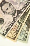 Diverse de dollarrekeningen van de V.S. Royalty-vrije Stock Afbeelding