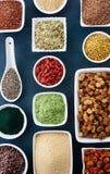 Diverse gezonde superfoods Royalty-vrije Stock Foto's